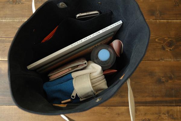倉敷帆布バケットLの2分割ポケット