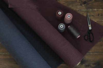 表地には岡山で生産された倉敷帆布を使用