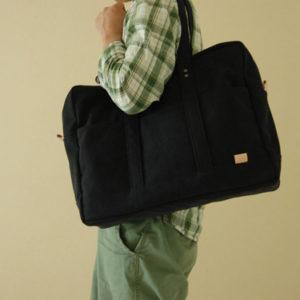 A3サイズ対応 大容量 多ポケット ボストンバッグ